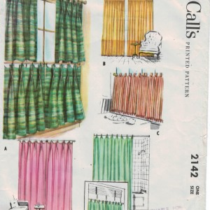 Classic cafe curtain pattern from 1957 with three heading options!