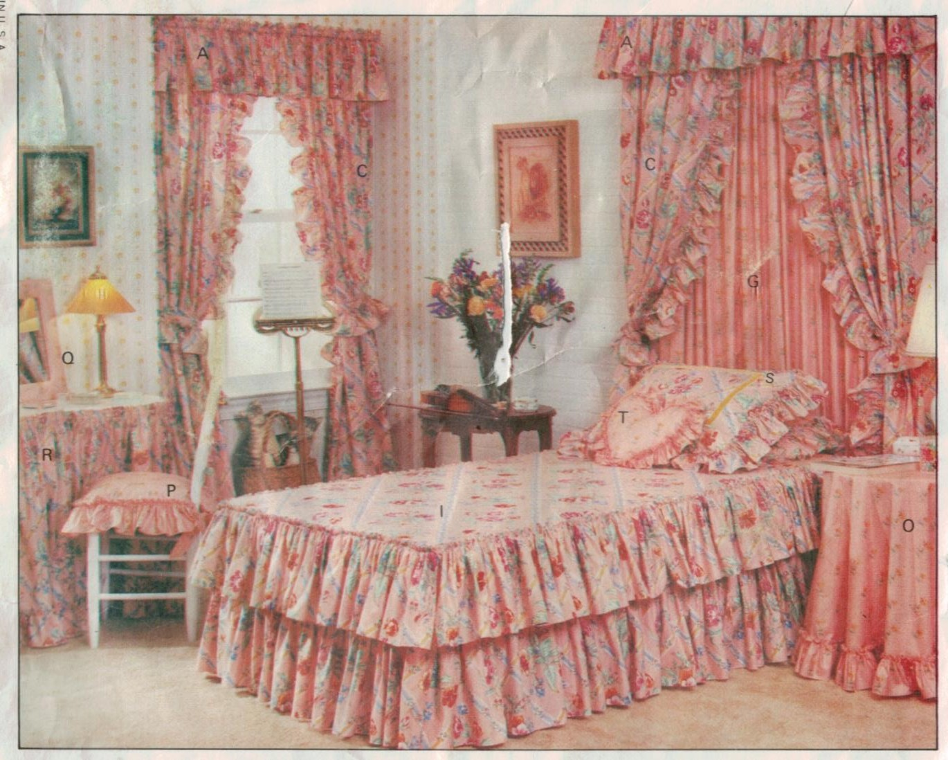 Vogue Pattern 2334 Comforter Dust Ruffle Canopy Valance